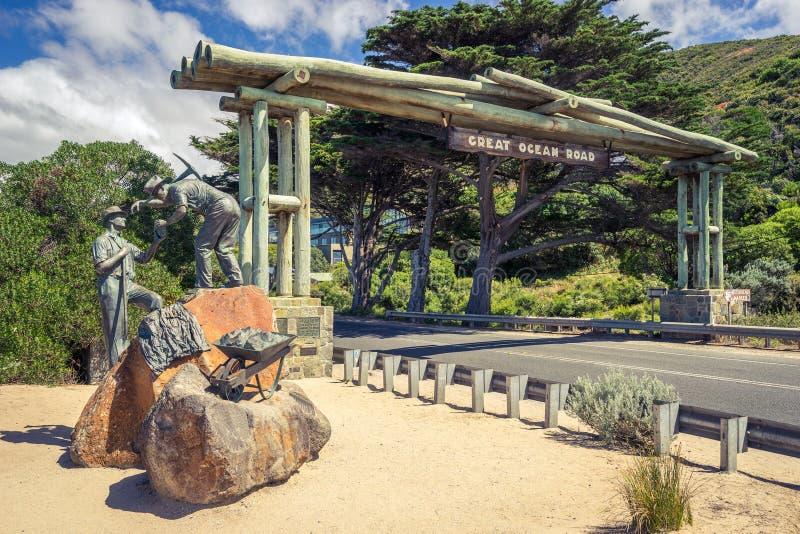 纪念入口向著名大洋路在维多利亚,澳大利亚 免版税图库摄影