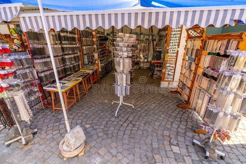 纪念品店在老索佐波尔,保加利亚 免版税库存照片