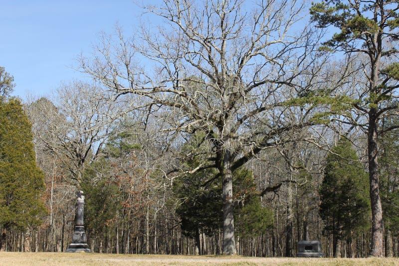 纪念碑和石头在军事公园chickamauga的 免版税库存照片