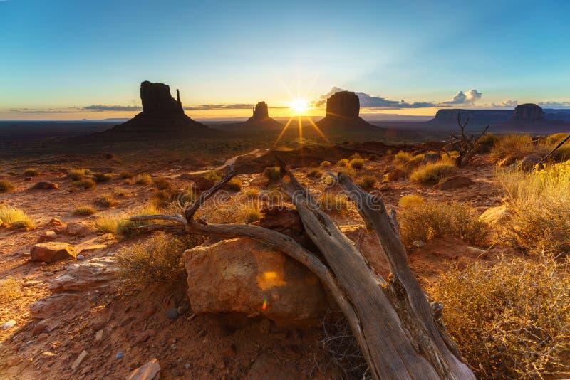 纪念碑谷部族公园,亚利桑那,美国 免版税库存图片