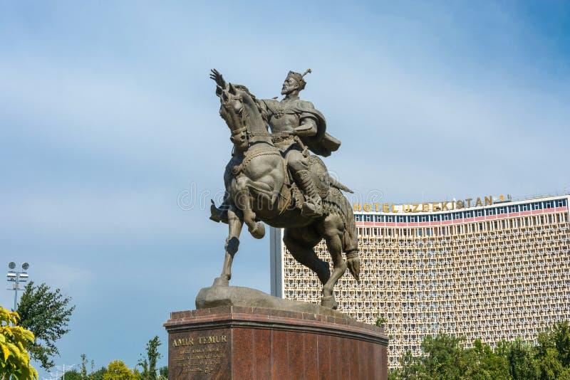 纪念碑贵族帖木尔在塔什干,乌兹别克斯坦 免版税库存图片