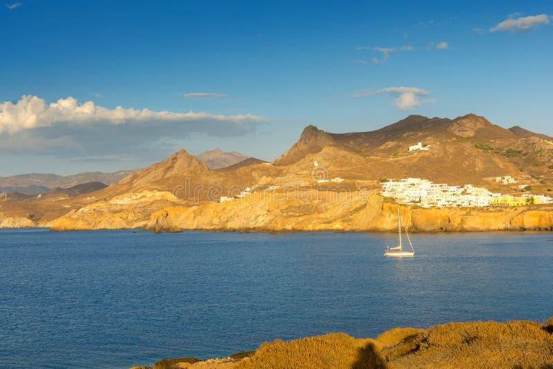 纳克索斯岛,基克拉泽斯,希腊典型的风景  免版税库存照片
