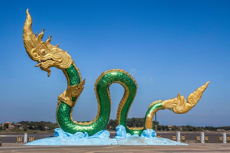 纳卡人雕象的国王在廊开,泰国,泰国龙 免版税库存图片