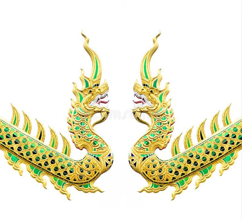 纳卡人雕象的泰国龙或国王在白色的 免版税库存图片