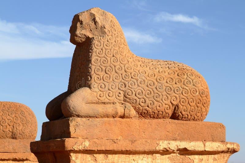 纳卡语寺庙在苏丹的撒哈拉大沙漠 库存照片