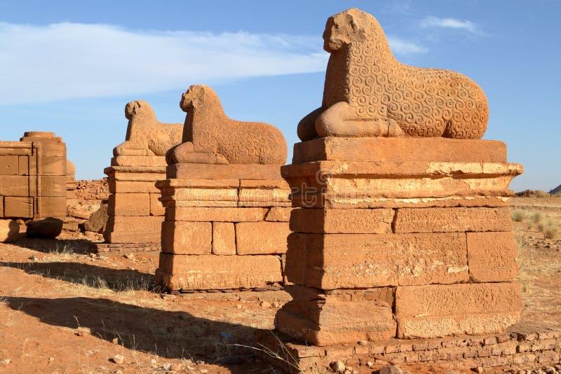 纳卡语寺庙在苏丹的撒哈拉大沙漠 免版税库存图片