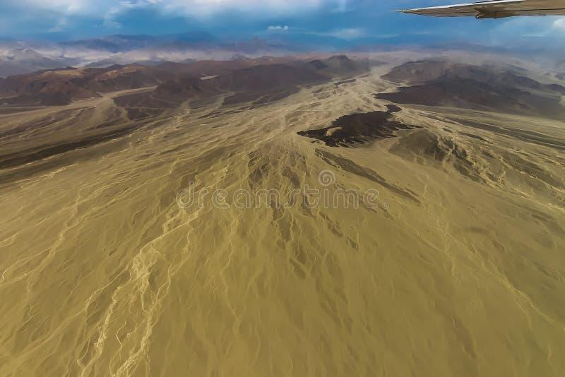 纳斯卡沙漠山岭地区的看法  免版税库存照片