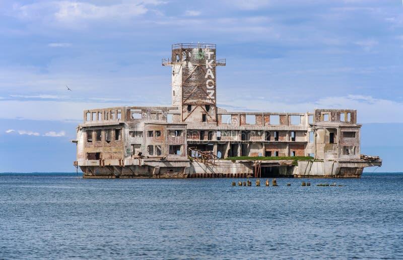 纳粹鱼雷开发中心废墟在格丁尼亚,波兰 库存图片