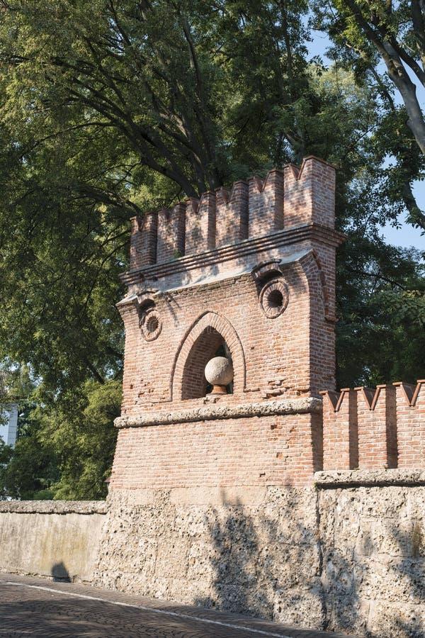 纳维廖河畔切尔努斯科米兰,伦巴第,意大利:墙壁 库存图片