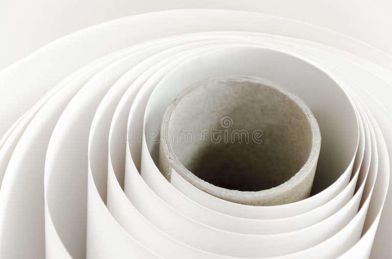 纸卷在报纸工厂 库存图片
