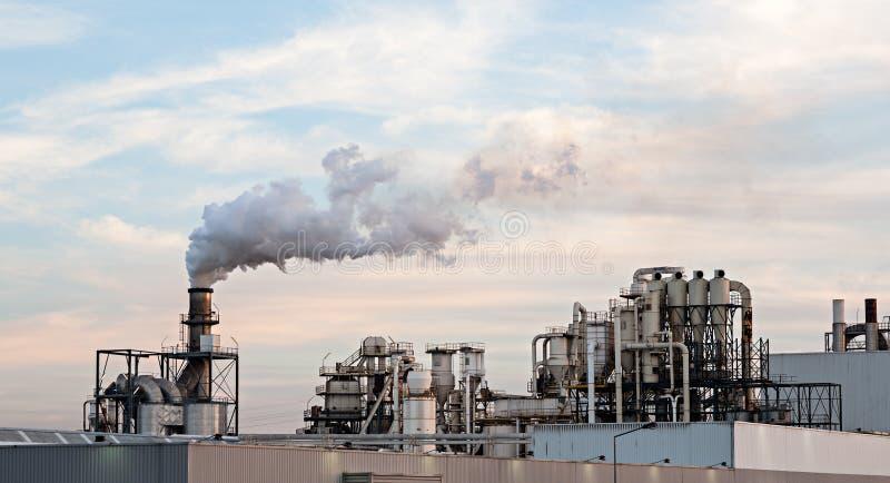 纸工厂。 库存图片