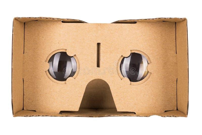 纸板在白色背景隔绝的虚拟现实玻璃 库存图片