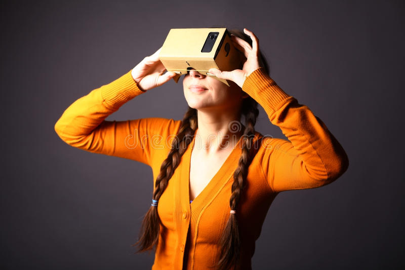 纸板虚拟现实 库存照片