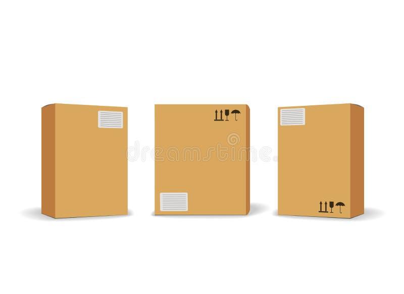纸盒包装的箱子 交付套与邮政标志的不同的大小的包裹的易碎 套闭合和开放 向量例证