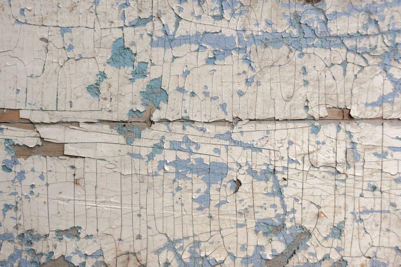纹理,样式,背景老油漆 木墙壁崩裂与油漆 白色淡色调,最后油漆 免版税库存图片