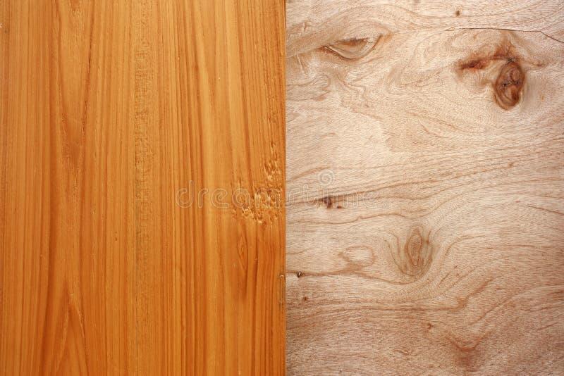 纹身花刺木头表面饰板。 图库摄影