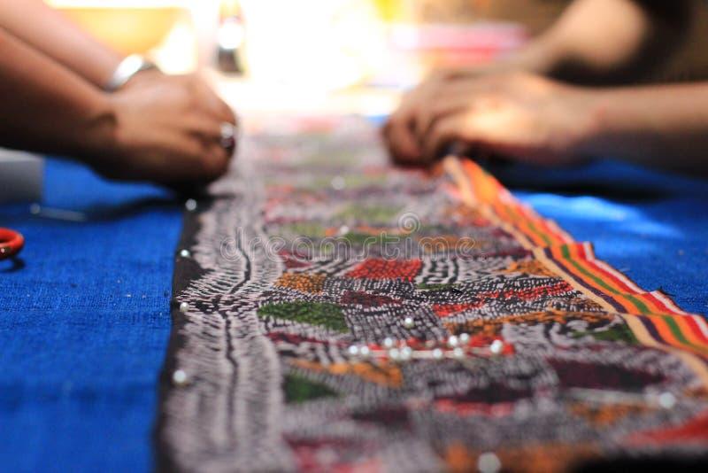 纺织品清迈泰国的书刊上的图片样式 库存照片