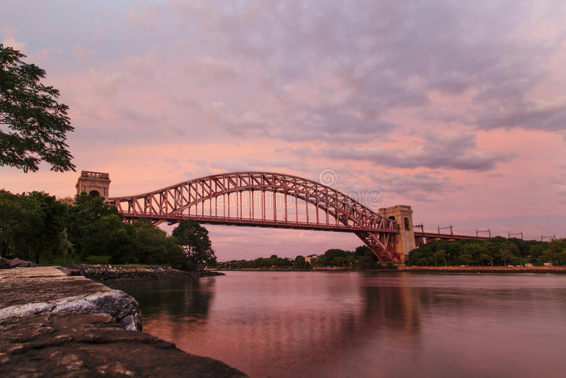纽约地狱门桥梁 库存照片