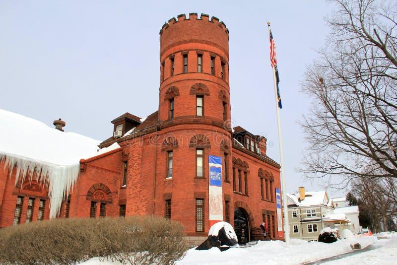 纽约州军事博物馆和退伍军人研究中心,萨拉托加惊人的建筑学, 2015年 免版税库存照片