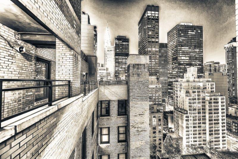 纽约惊人的地平线在晚上 曼哈顿光 库存照片
