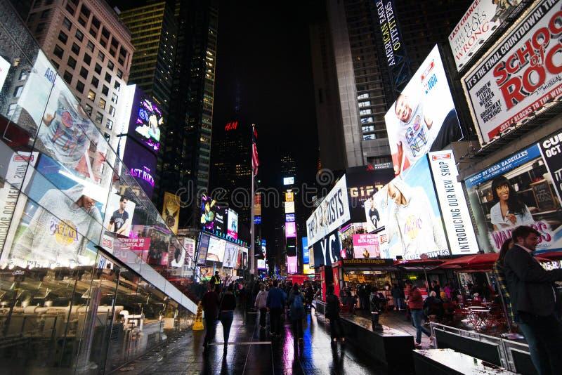 纽约时代广场在晚上 免版税库存图片
