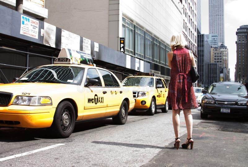 纽约时尚星期街道样式在曼哈顿 时兴的样式 库存图片