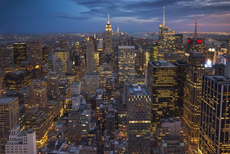 纽约曼哈顿与帝国大厦,纽约,美国的中间地区视图 免版税图库摄影