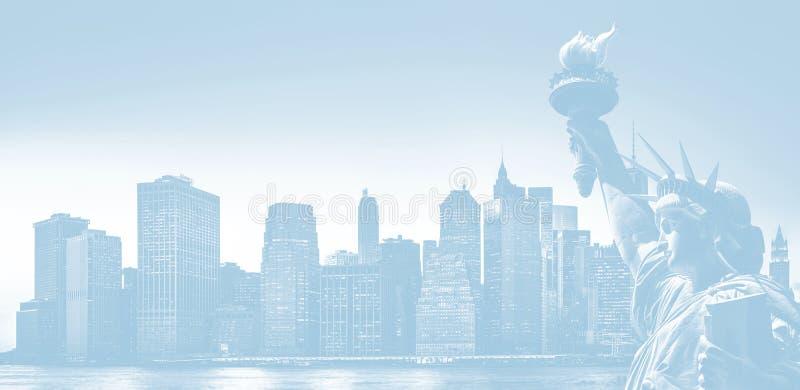 纽约有自由女神像的地平线全景 库存照片