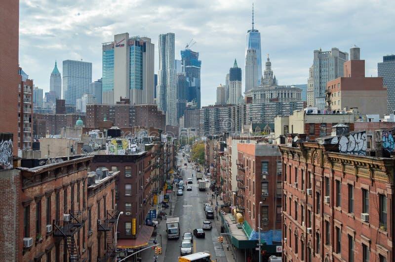 纽约,美国, 2016年9月:唐人街鸟瞰图在从曼哈顿桥梁的纽约 库存照片