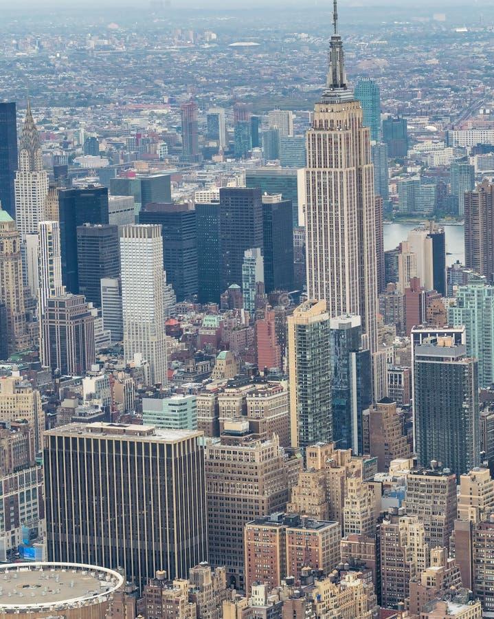 纽约,美国 在日落的惊人的空中曼哈顿视图 图库摄影
