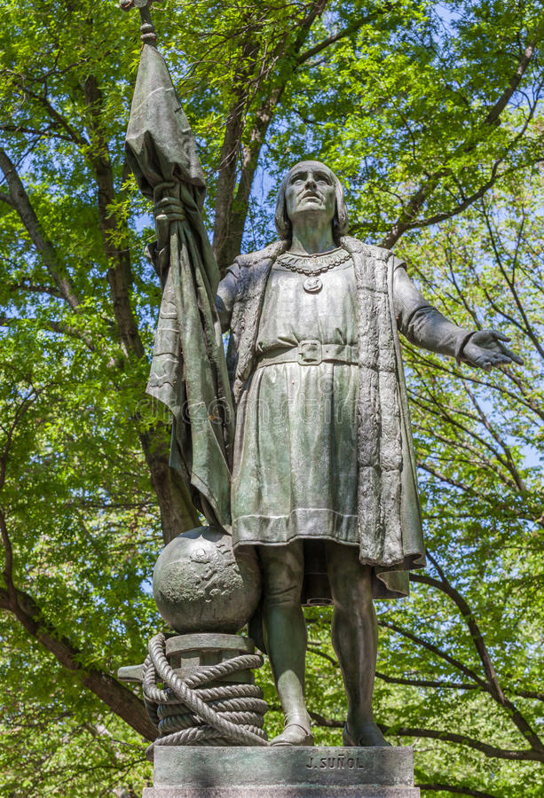 纽约,美国2014年5月20日 哥伦布雕象Jeronimo Sunol我 库存照片