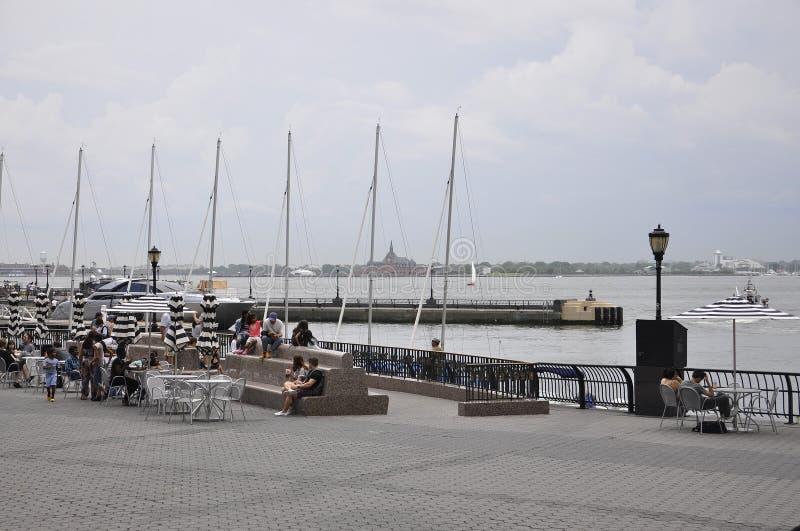纽约, 7月2日:Brookfield地方江边在从纽约的曼哈顿在美国 库存照片