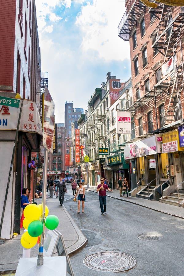 纽约,NY/美国- 08/01/2018:都市场面在纽约的曼哈顿,宽射击唐人街地区  库存图片