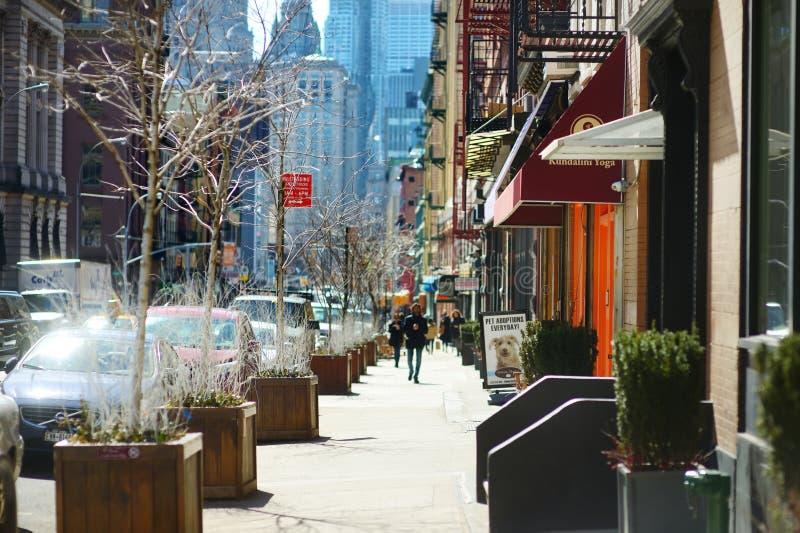 纽约- 2015年3月21日:在街市曼哈顿的意大利社区命名的Little意大利观点,纽约 免版税库存照片