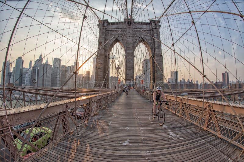 纽约-美国- 6月,过曼哈顿桥梁的12 2015个人 图库摄影