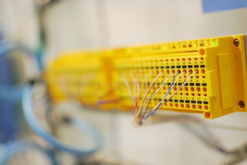 线路socketing在自动化行业的插口 免版税库存图片