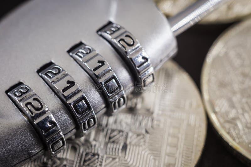 组合关闭安全加密的密码通入 免版税图库摄影