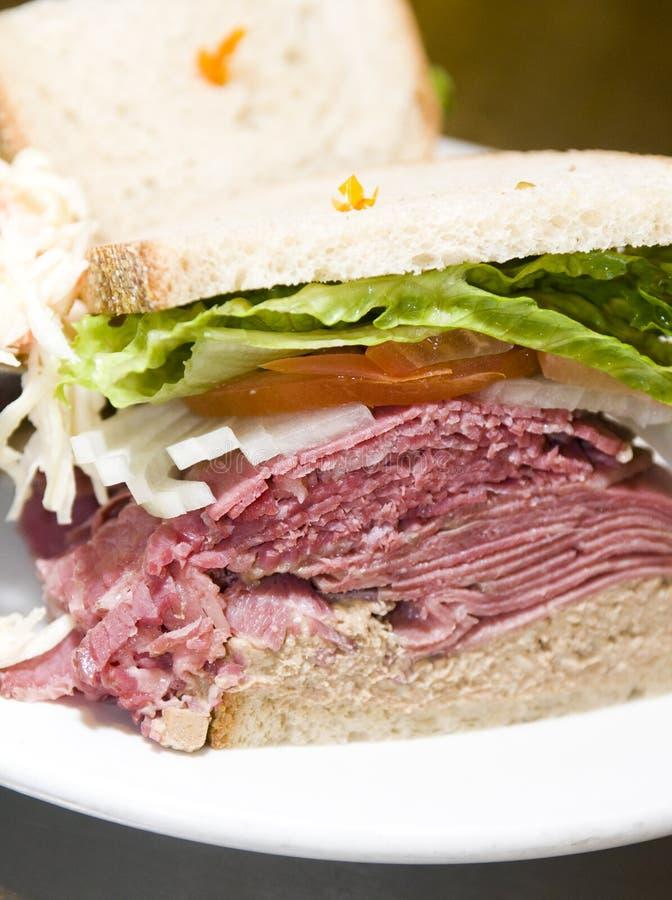 组合盐腌的熟食店三明治 免版税库存照片