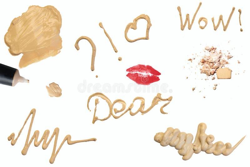 组成产品装饰宏指令 题字和标志 音调的奶油,粉末,皮肤产品,脆眼影 关闭isol 免版税库存图片