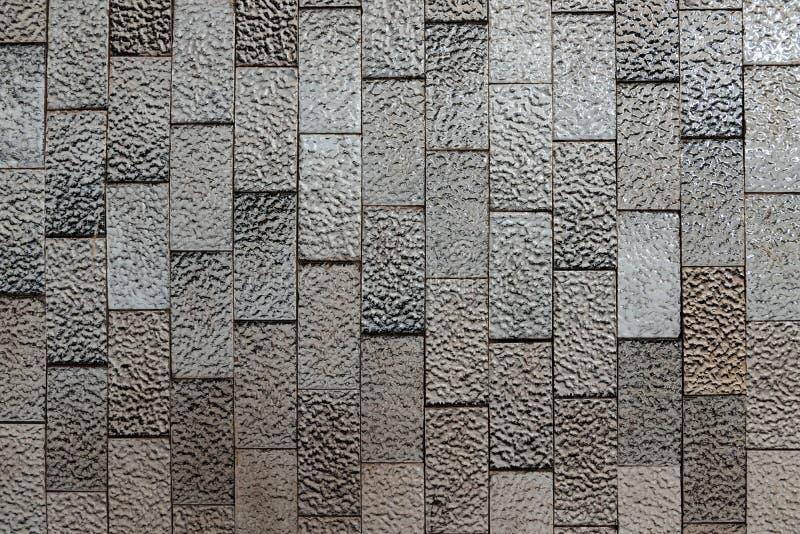 织地不很细黑白发光的瓷砖抽象背景  免版税库存照片