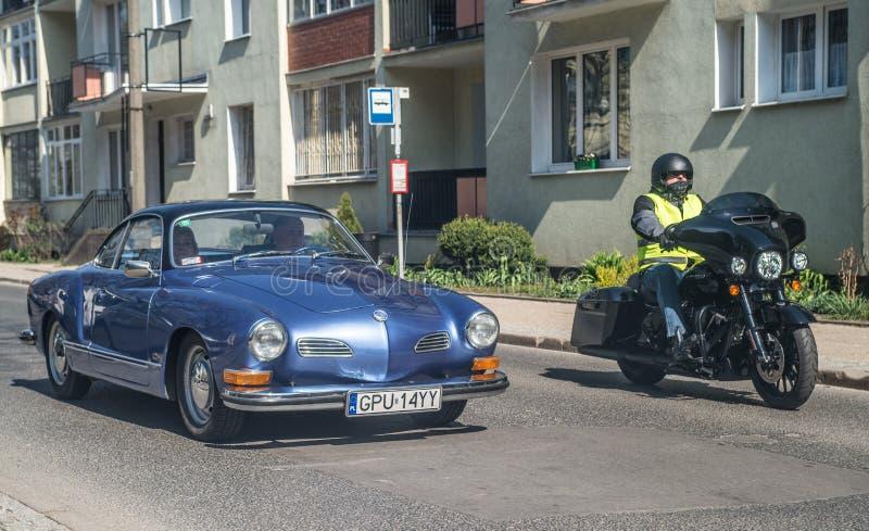 经典大众一经验丰富汽车见面的Karmann吉阿 库存图片
