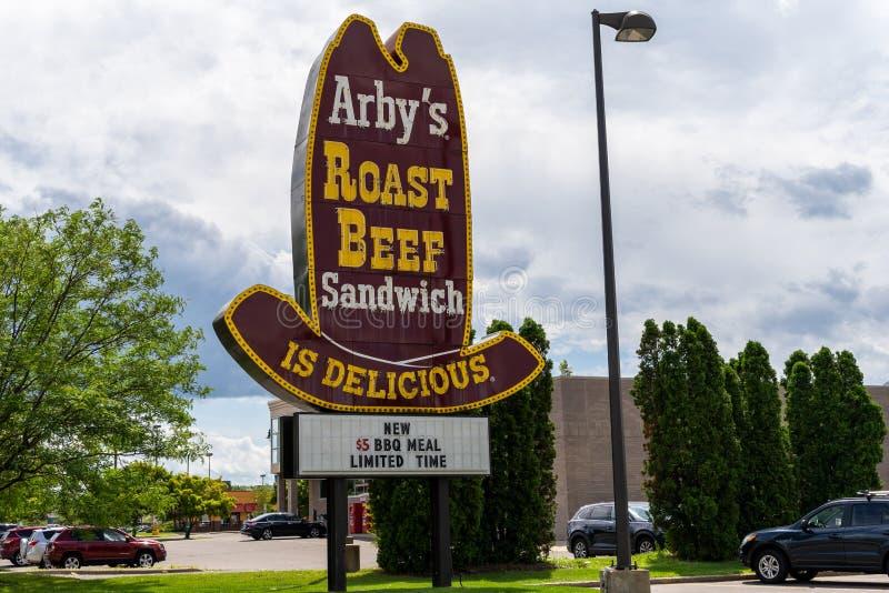 经典牛仔帽老学校样式Arby的便当餐馆的烤牛肉标志 免版税库存照片