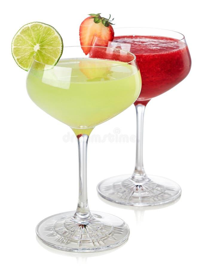 经典石灰和草莓酒鸡尾酒 免版税库存照片