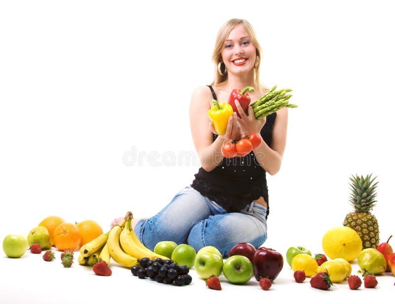 结果实女孩健康营养蔬菜 免版税图库摄影
