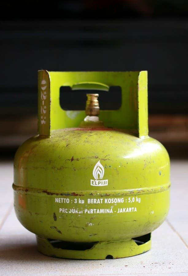 给津贴的3公斤液化石油气 库存照片