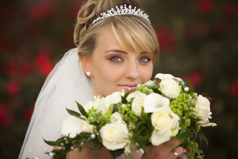 绝对理想的纵向婚礼 免版税图库摄影