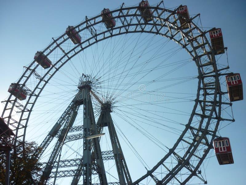 维也纳巨人在熏肉香肠Prater的弗累斯大转轮 库存照片