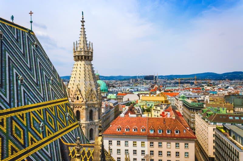 维也纳老镇全景  免版税库存照片