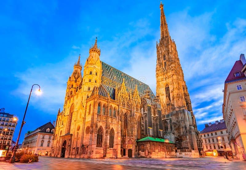 维也纳,奥地利,欧洲:圣斯蒂芬& x27;s大教堂或Stephansdom,斯蒂芬广场 免版税库存图片