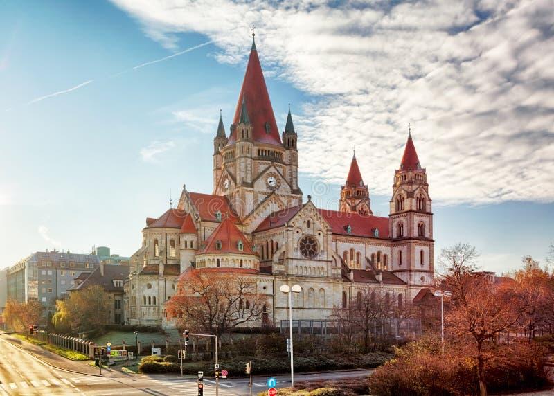 维也纳 — 奥地利阿西西教堂圣弗朗西斯 库存图片